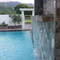 Laguna private pool waterfall
